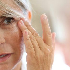 Искусственная слеза избавляет от синдрома сухого глаза
