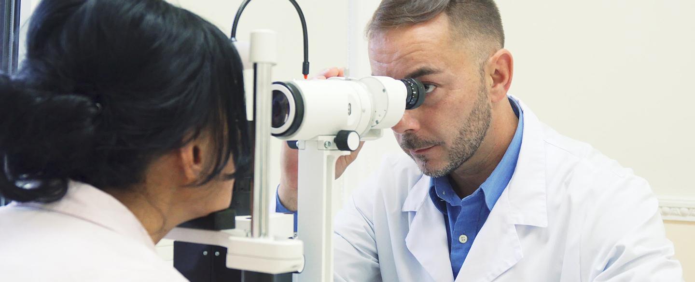 Почему портится зрение? Спросите у врача