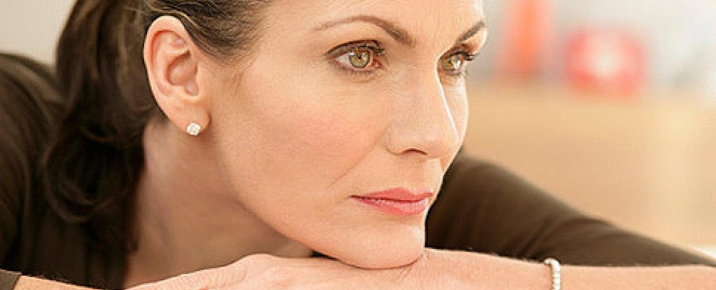 Климакс у женщины и синдром сухого глаза